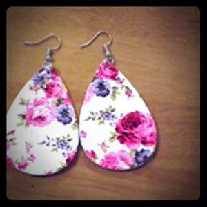 Floral tear drop earrings (new)
